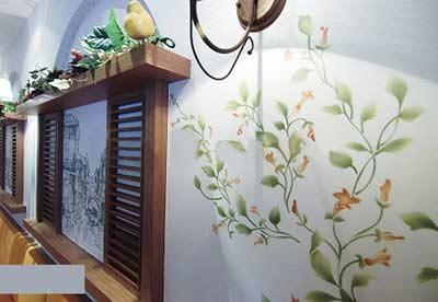 介绍一下客厅手绘墙的风格和颜色选择技巧